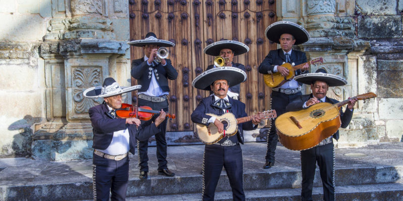 folklore - mariachis
